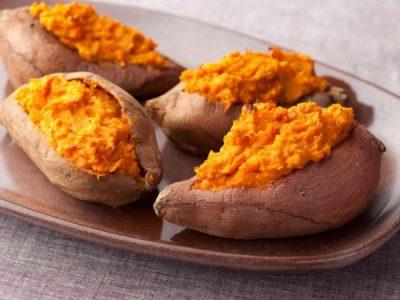 طريقة عمل البطاطا المشوية بخطوات بسيطة وطعم لذيذ