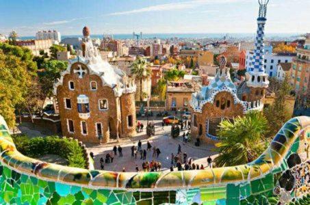 السياحة في برشلونة أهم المعالم والانشطة