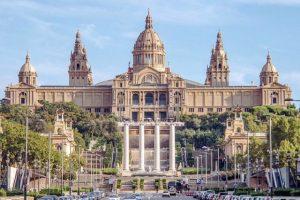 المتحف القومي الكتالوني,قصر المنصور سابقا